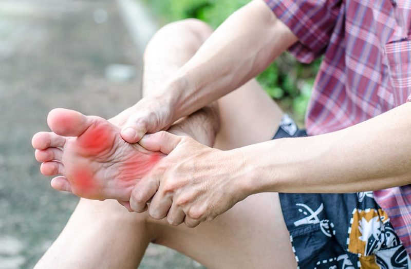 foot pain caused by spine